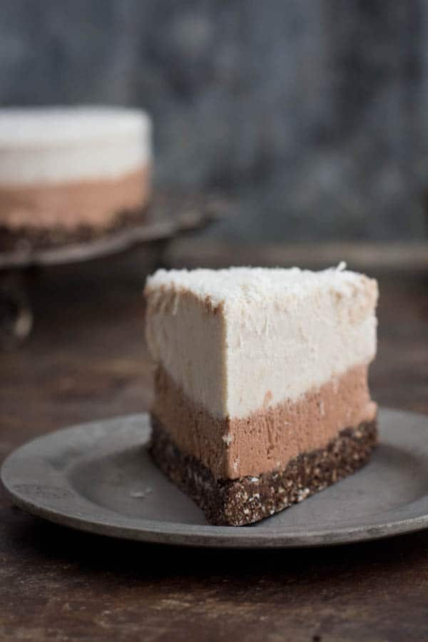 Coconut and Chocolate Ice Cream Cake recipe by @beardandbonnet on www.thismessisours.com