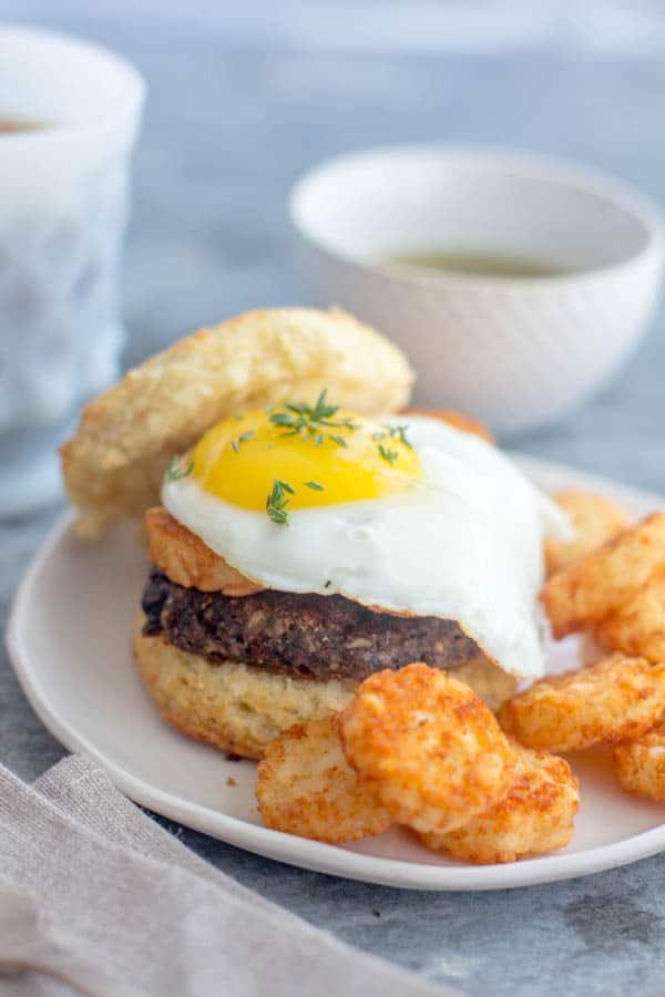 Homemade Vegetarian Breakfast Sausage Patties recipe by @beardandbonnet on www.thismessisours.com