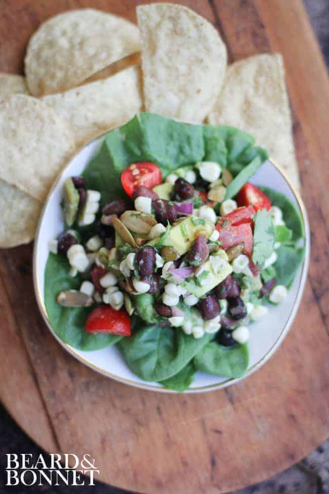 Roasted Hatch Chile and Black Bean Salsa Salad {Beard and Bonnet} #glutenfree #vegan
