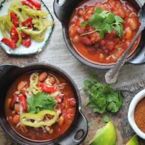 Slow Cooker Fire Roasted Chili {Beard and Bonnet} #glutenfree #vegan