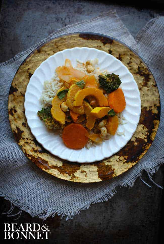 Curried Delicata Squash with Broccoli and Cashews {Beard and Bonnet} #glutenfree #vegan