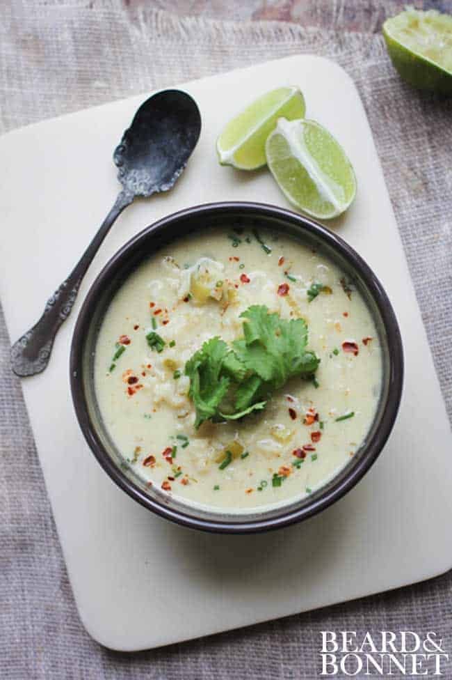 Green Curry Soup with Cauliflower and Leeks