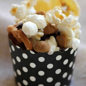 Chunky Monkey Popcorn {Beard and Bonnet} #glutenfree