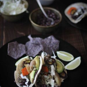 Roasted Carrot, Black Bean, and Quinoa Tacos {Beard and Bonnet} #glutenfree #vegan