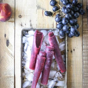 Grape & Peach Ice Pops {Beard and Bonnet} #glutenfree #vegan