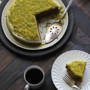 Lemon Pistachio Cake With Cream Cheese Frosting {Beard and Bonnet} #glutenfree