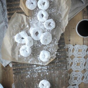Gluten Free Vanilla and Powdered Sugar Donuts {Beard and Bonnet}