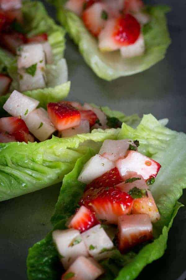 Strawberry Jicama Lettuce Wraps recipe { @beardandbonnet www.beardandbonnet.com }