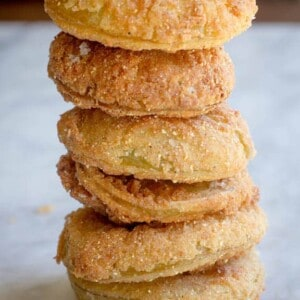 Gluten Free Fried Green Tomatoes recipe by @beardandbonnet www.beardandbonnet.com