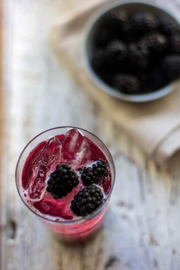 Blackberry and Orange Blossom Soda recipe by @beardandbonet {www.beardandbonnet.com}