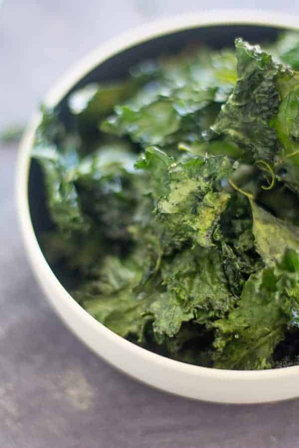 Easy Crispy Kale Chips with @Massel by @beardandbonnet on www.thismessisours.com