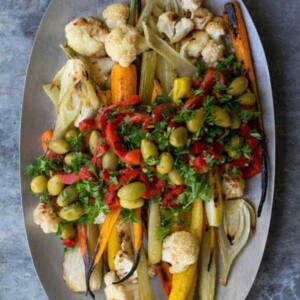 Giardiniera Roasted Vegetables recipe by @beardandbonnet www.thismessisours.com