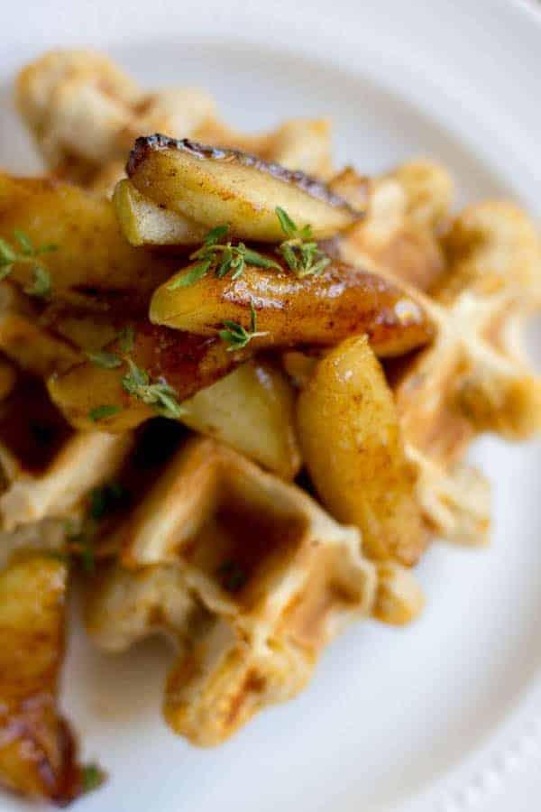 Savory Cheddar Waffles with Sautéed Honey Apples recipe by @beardandbonnet on www.beardandbonnet.com