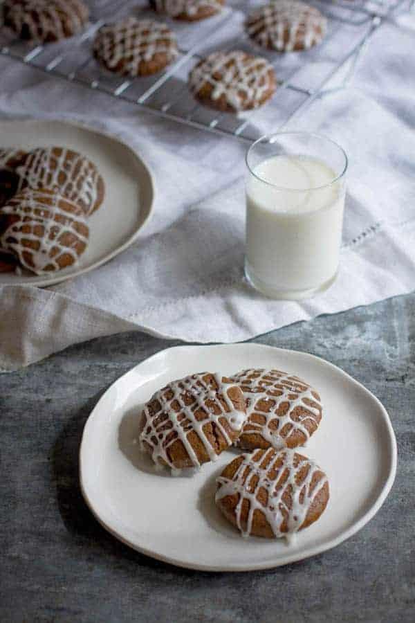 Gluten Free Gingerbread Cookies recipe by @beardandbonnet on www.beardandbonnet.com