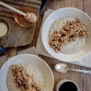 Gluten Free Baklava Oatmeal recipe by @beardandbonnet on www.thismessisours.com