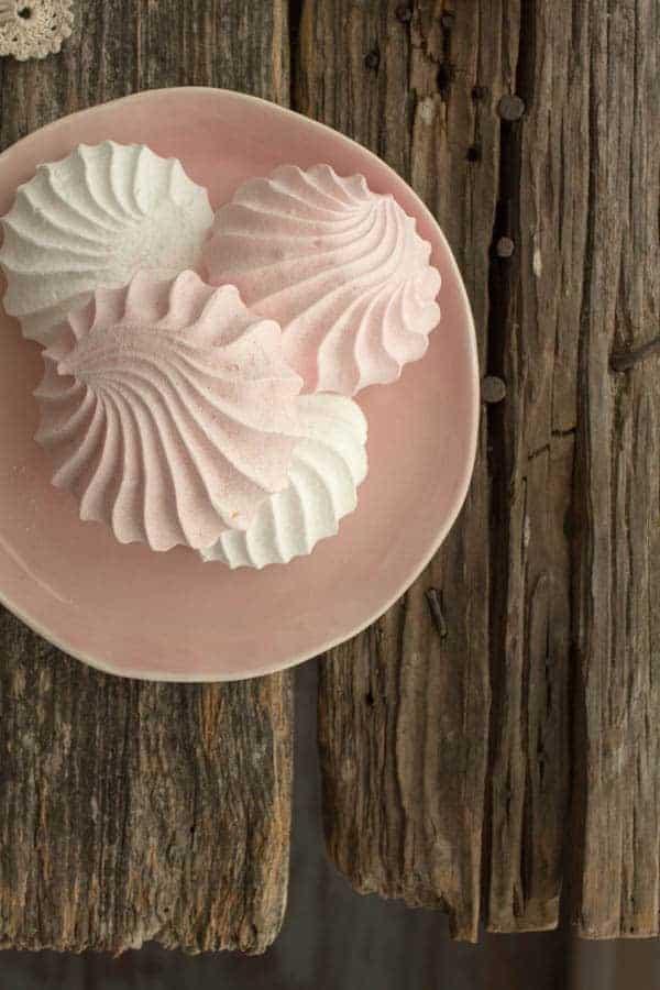 Coconut Cream Eton Mess with Mixed Berries recipe by @beardandbonnet on www.beardandbonnet.com