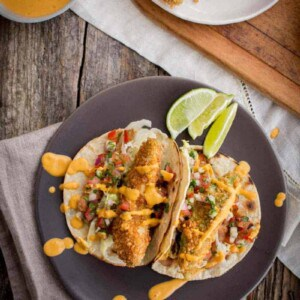 Crispy Avocado Tacos with Roasted Red Pepper Sauce on @beardandbonnet