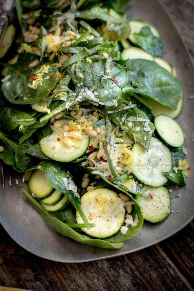 Easy Zucchini Carpaccio with Spinach and Basil Salad by @beardandbonnet on www.beardandbonnet.com