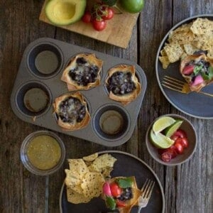 Crispy Black Bean Taco Cups recipe by @beardandbonnet on www.beardandbonnet.com