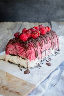 Berries and Cream Ice Cream Cake recipe with @pamelasproducts by @beardandbonnet on www.thismessisours.com