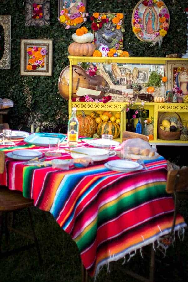 How to host a Day of the Dead feast on @beardandbonnet