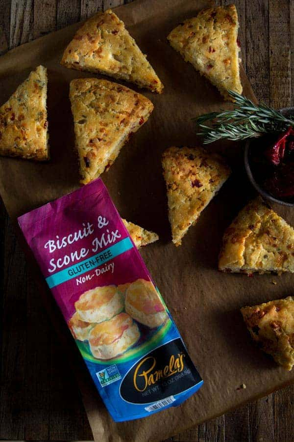 Simple Savory White Cheddar Scones | Sun-dried peppers and rosemary | @pamelasproducts @beardandbonnet