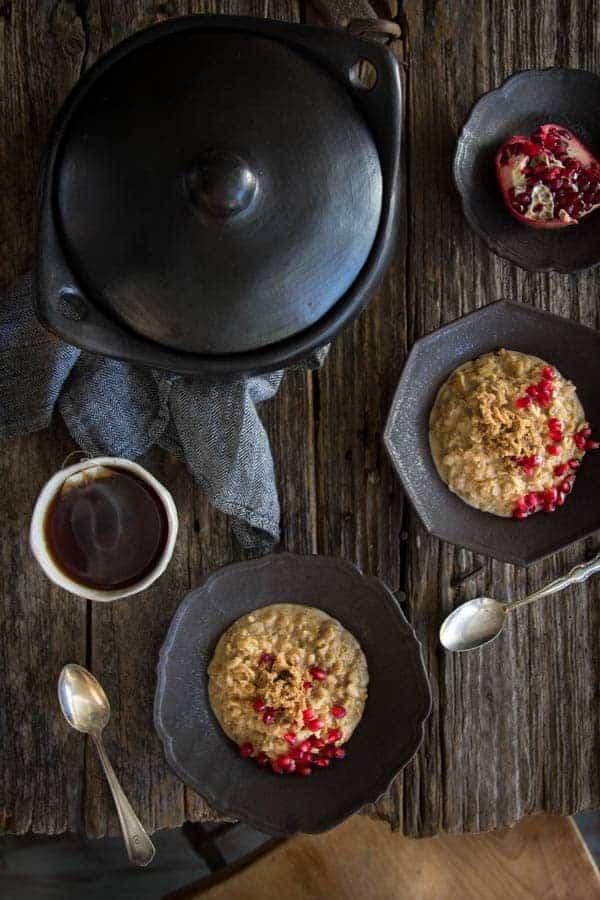 Easy Vegan London Fog Oatmeal | Perfect for chilly winter mornings! | @thismessisours @lovemysilk #doplants