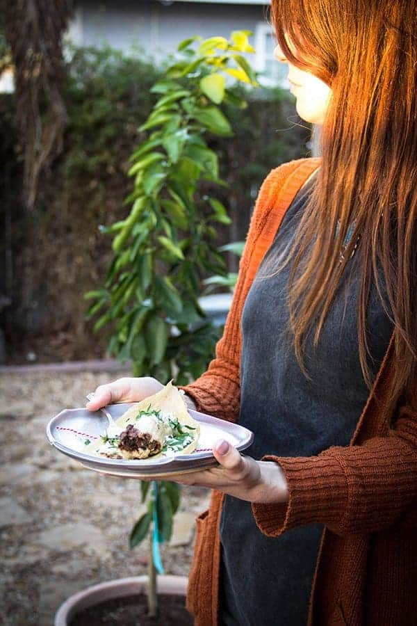 Spicy Black Bean and Cheese Tamales + a festive holiday Tamalada | @beardandbonnet