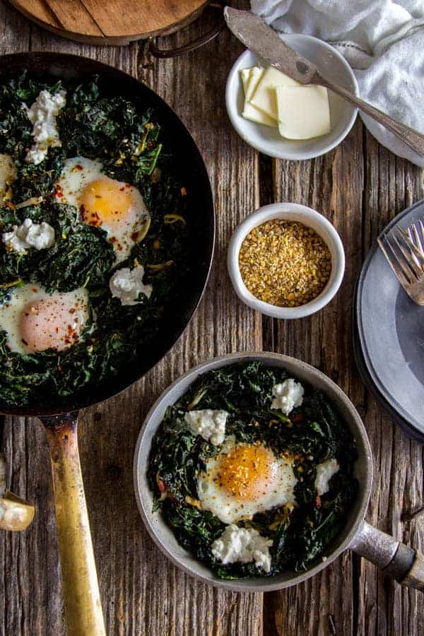 Easy Skillet Eggs with Kale and Leeks recipe || @thismessisours