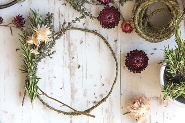 DIY Mini Floral and Herb Wreaths || Simple and elegant wreaths perfect for any party. || @thismessisours