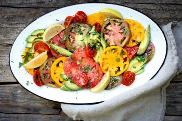 Simple Tomato and Avocado Salad recipe || Summers best tomatoes shine in this dish with just a hint of seasonings. || #VirtualMidsummerPotluck4Peace #vegan #glutenfree