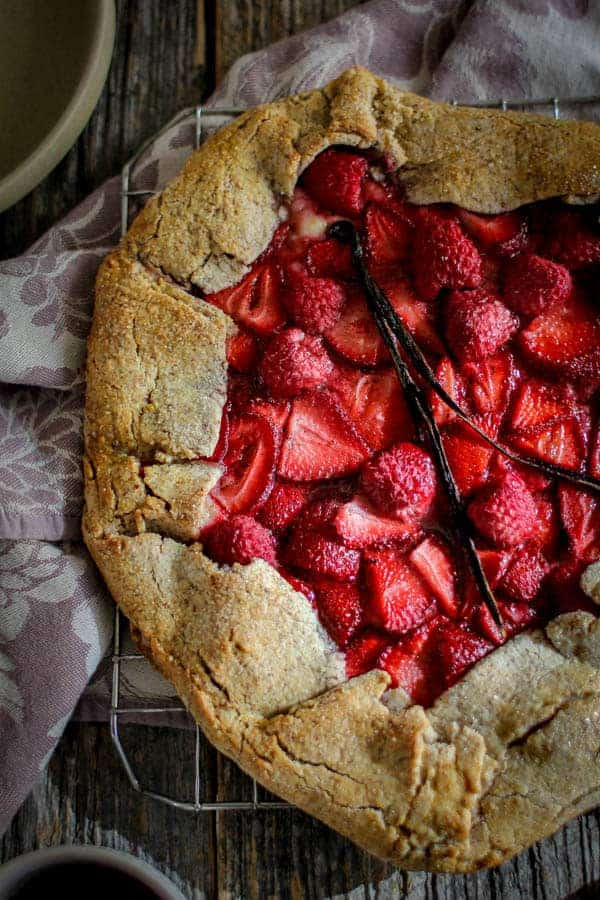 Mixed Berry & Earl Grey Galette recipe || Tart & sweet with a flaky nutty crust, this galette is the stuff that summertime dreams are made of! || @thismessisours @pamelasproducts #glutenfree