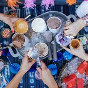 How to Host an Ice Cream Social    @thismessisours #FriendsWhoFete